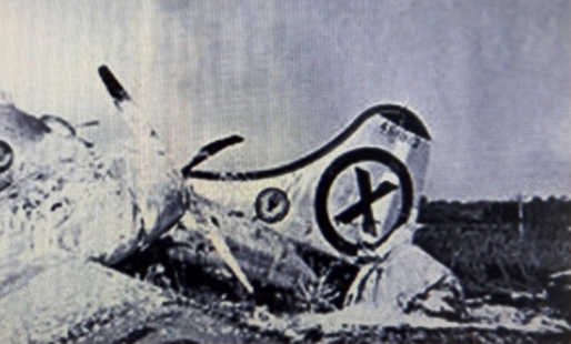 a-photo-reconnaissance-b-29-that-crash-landed-at-iruma-air-base-japan-after-being-severely-damaged-by-mig-15-fighters-over-the-yalu-river-the-b-29s-tail-gunner-shot-down-one-of-the-attackers-9-nov