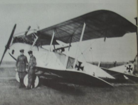 l-v-g-bomber-1915-copy
