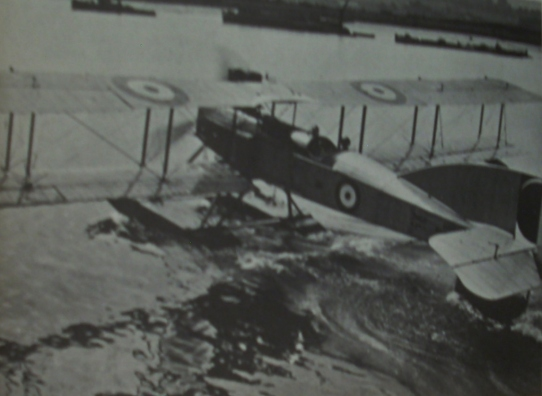 short-225-seaplane-1915
