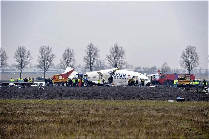 1024px-Crash_Turkish_Airlines_TK_1951_complete_site