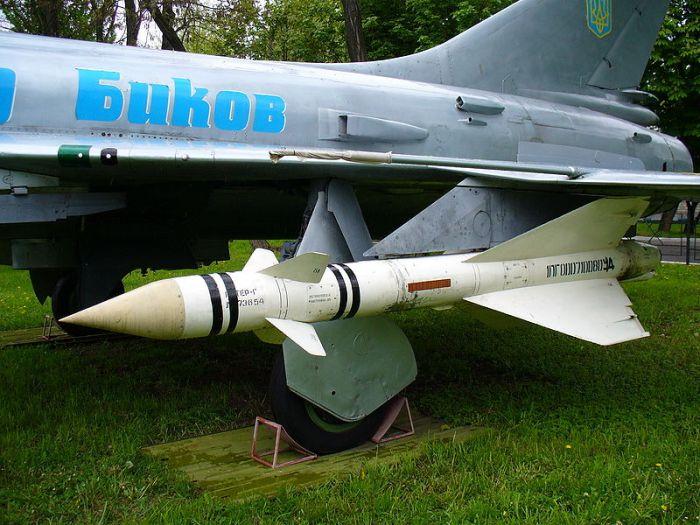 800px-Sukhoi_SU-15TM_2008_G2